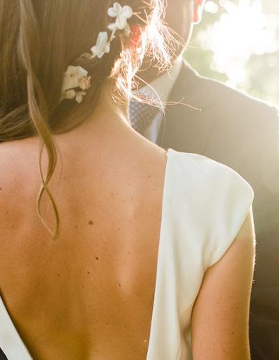 Tocado de flores de seda. Foto: Marta Pérez