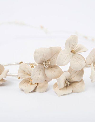 Corona de hortensias de piel.